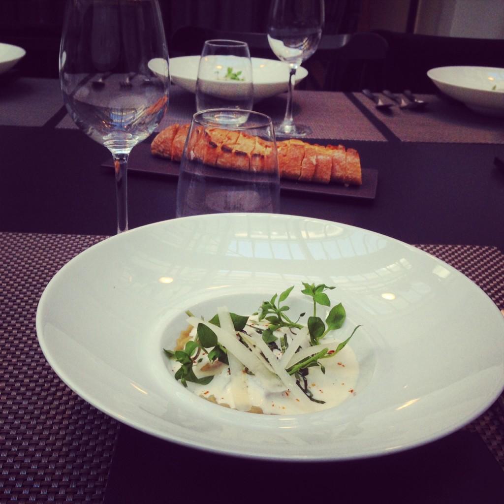 Ravioles la bolognaise mulsion au parmesan le blog de cyril lignac - Cuisine attitude cyril lignac ...